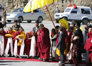The Dalai Lama arrives in Arunachal Pradesh, India, Nov. 10, 2009. Credit: Abhishek Madhukar