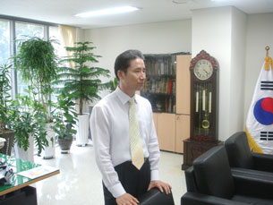 ANSONG, South Korea-Gwak Jong Moon, principal of the Hangyoreh Middle High School for North Korean defectors, in his office, July 2009.