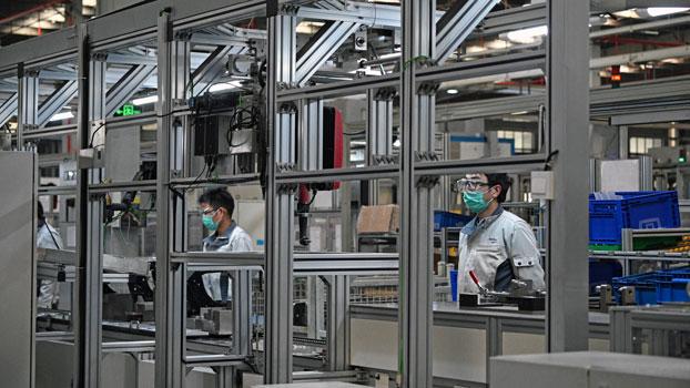 china-auto-factory-coronavirus-shanghai-feb24-2020.jpg