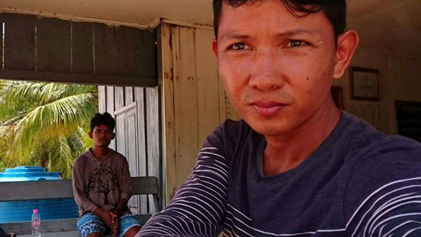 Dim Kundy (left) and Hun Vannak (right), photo taken before on September 12, 2017 before their arrest.