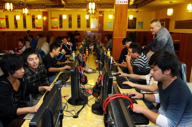Netizens surf the web at an Internet cafe in China's Zhejiang province in a file photo.