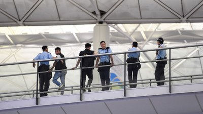police-hongkong.jpg