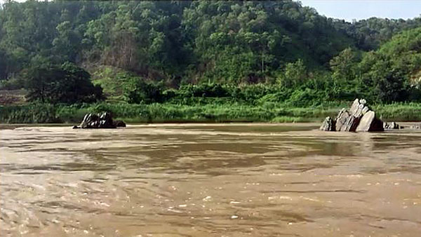 A view of the Mekong River near the location where the Pak Lay dam will be built in northwestern Laos' Xayaburi province in an undated photo.