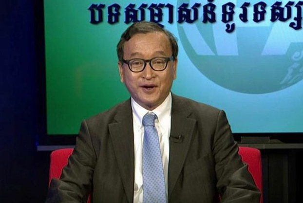 Opposition leader Sam Rainsy discusses Cambodia's political situation with RFA, June 15, 2016.
