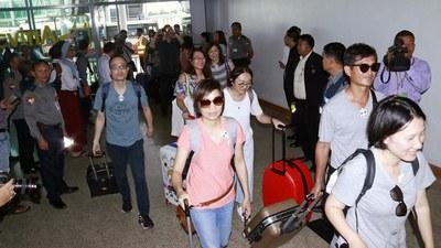 myanmar-foreigners-evacuated-shan-state-aug22-2019.jpg
