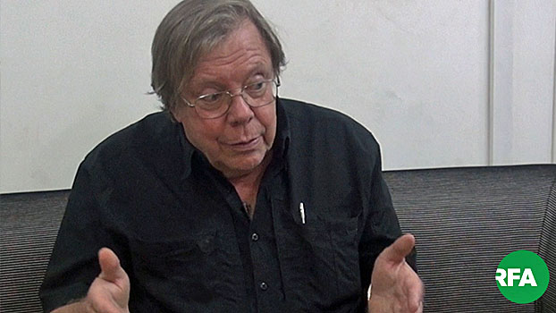 Journalist Bertil Lintner, who writes for the digital news platform the Asia Times, speaks to an RFA reporter in September 2019.