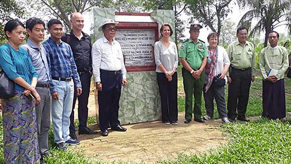 Christine Schraner Burgener (C), the UN secretary-general's special envoy to Myanmar, visits the Myanmar-Bangladesh border in Maundaw township,  western Myanmar's Rakhine state, June 18, 2018.