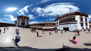 Tourists at the Potala Temple in the Tibet Autonomous Region capital Lhasa, in file photo.