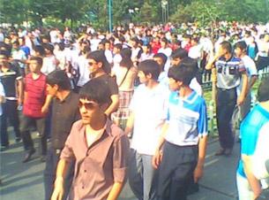 Demonstrators march in Urumqi, July 5, 2009.
