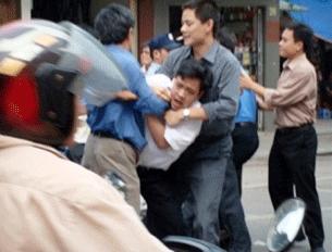 HANOI, Vietnam: Vietnamese plainclothes police arrest student demonstrator, ending a brief anti-China protest on 29 April 2008.