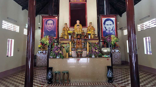 A view of the altar inside the Quang Minh Tu temple in Cho Moi district of south Vietnam's An Giang province, Oct. 7, 2019.