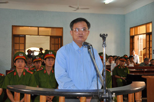 Pastor Nguyen Cong Chinh at a court hearing in Gia Lai, March 26, 2012.