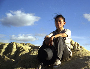 Woeser in the far west of Tibet in 2002.